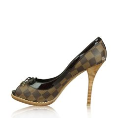 Louis Vuitton Damier Pumps Ebene Brown